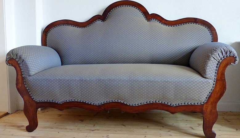 Couch 1873